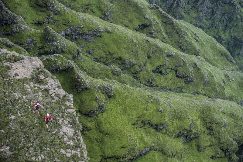 Hiking through the Drakensberg Mountiains